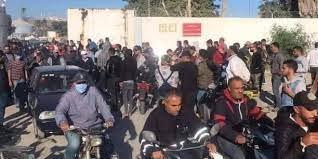 Photo of قابس..شباب يحتج ويطالب بالتشغيل